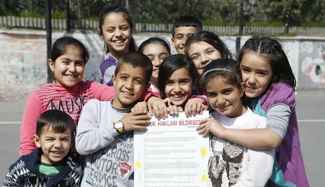 Medipol Üniversitesi'nden 'Biz Bir Aileyiz Mülteci Çocuk Şenliği'
