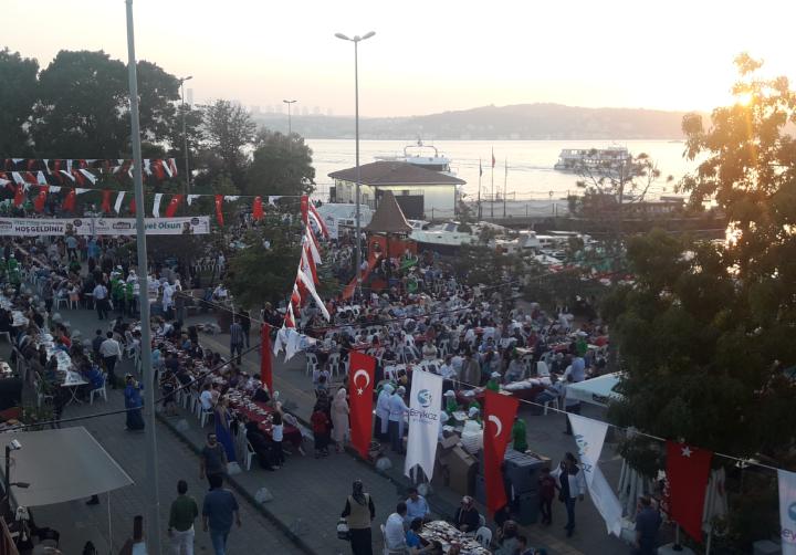 Paşabahçe Meydan'da 6 Bin Beykozlu İftar Yaptı