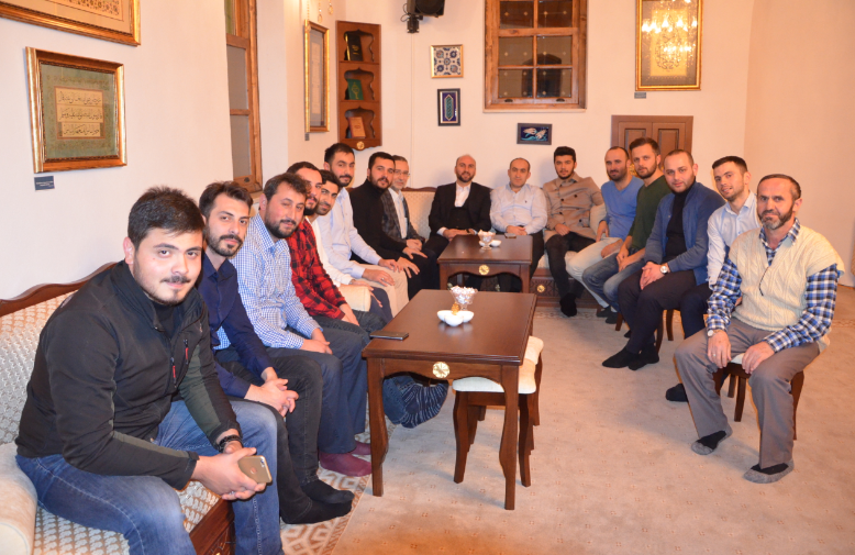 AK Gençlik, Cuma Sohbetlerini Başlattı