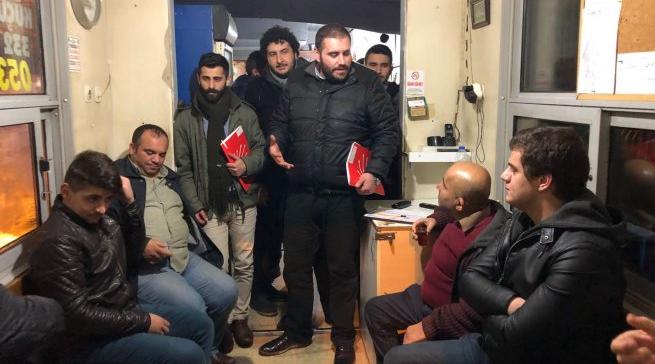 CHP'li Gençler Taksi Duraklarını Ziyaret Etti