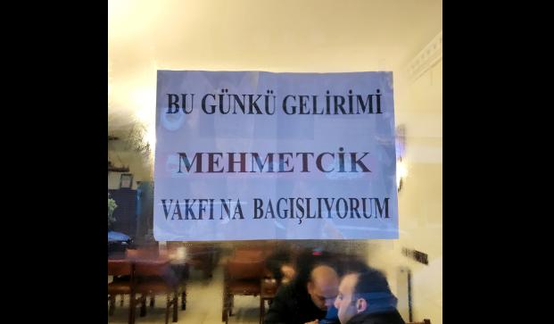 Bir Günlük Gelirini Mehmetçik Vakfı'na Bağışladı