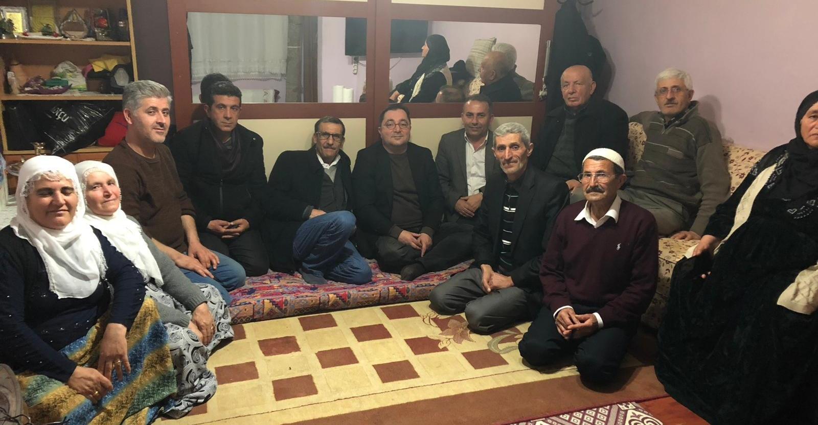 Beykoz'un Cemal Abisi, Mardinli Aileyi Ziyaret Etti