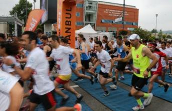 Run24:1 Koşu Heyecanı Dünyayla Birlikte Beykoz'da Yaşandı