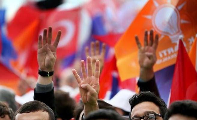 AK Parti Beykoz'da Kan Kaybı Sürüyor