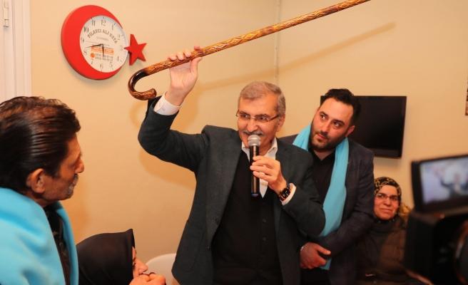 Murat Aydın, Dereseki'de Eline Bastonu Aldı ve Festival Sözü Verdi
