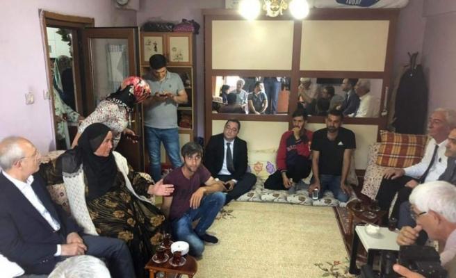 Kılıçdaroğlu, Beykoz'da Ev Ziyareti Yaptı