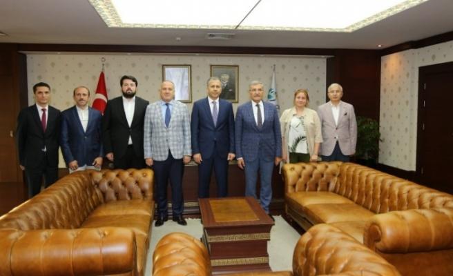 Vali Yerlikaya'dan Başkan Murat Aydın'a Hayırlı Olsun Ziyareti