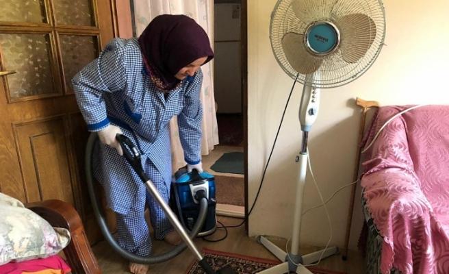 Yaşlıların Evleri Temiz Yüzleri Güleç