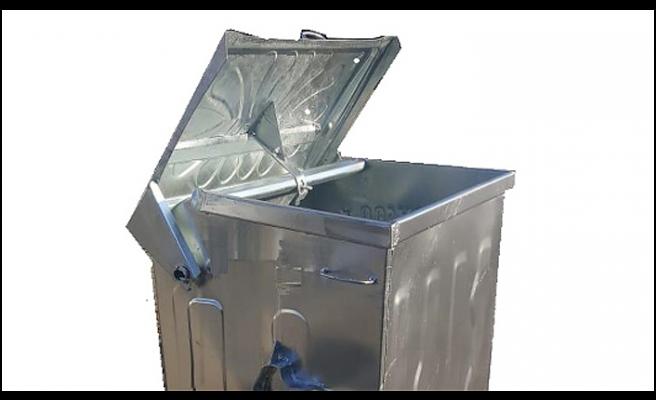 Bayır aşağı inen Çöp konteyneri dehşet saçtı