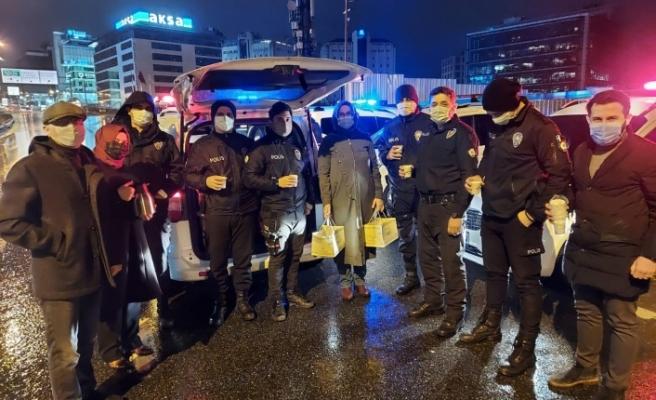 AK Beykoz: Her zaman polisimizin yanındayız!