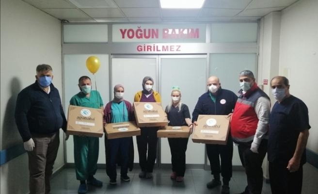 Beykoz Belediyesi, yılbaşında da sağlık çalışanlarını unutmadı
