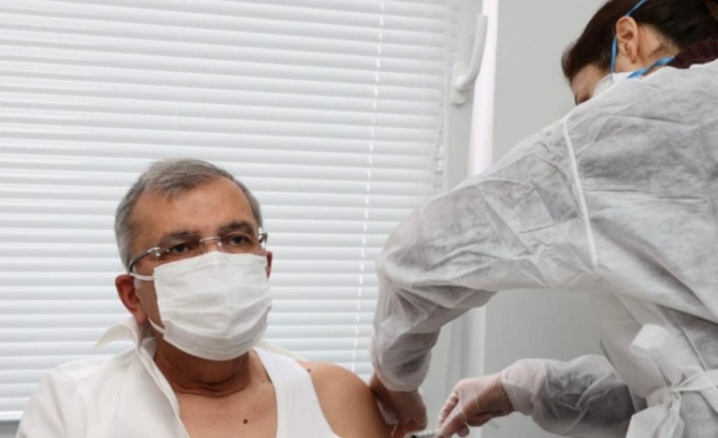 Başkan Murat Aydın koronavirüs aşısı oldu