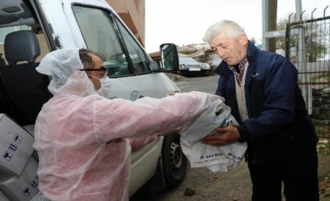 Beykoz'da Ardıç Sofrası Projesiyle atıklar önce toprağa sonra sofralara kazandırılıyor