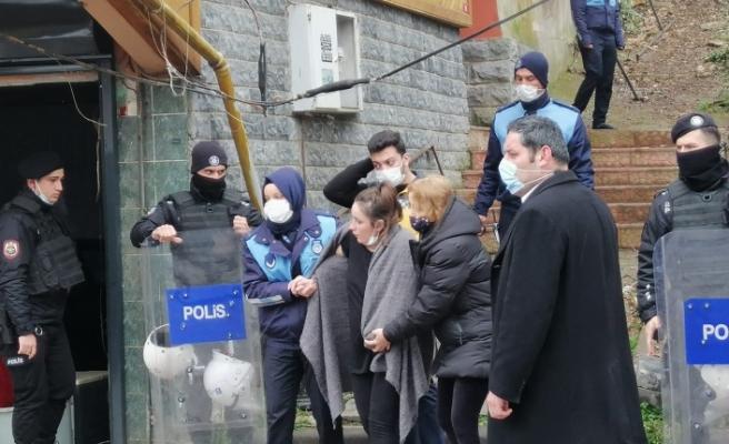 Mustafa Demir'in evini yıktılar