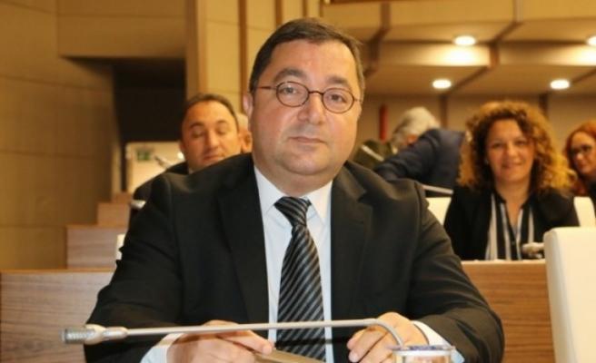 Cemal Sataloğlu, Belediye meclisinde soru önergesi verdi