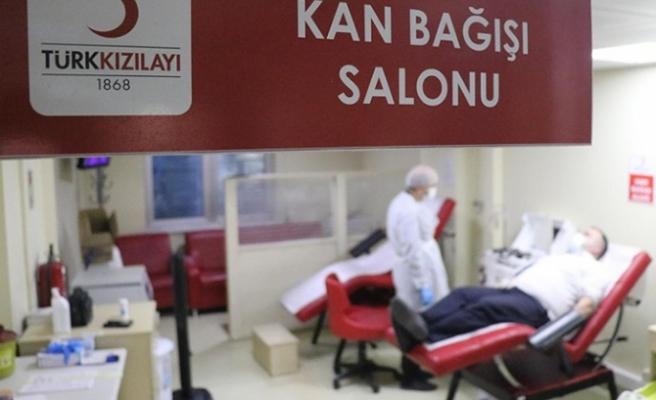 AK Parti Beykoz'dan kan bağış seferberliği
