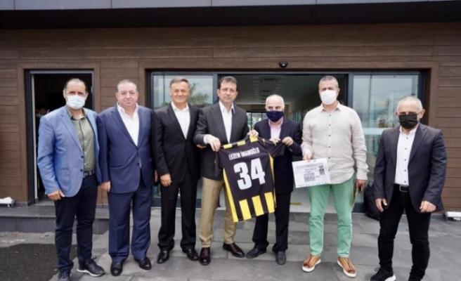 Ekrem İmamoğlu'ndan Beykoz Kulübü'ne ziyaret