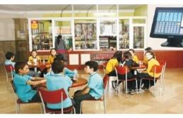 Beykoz'da Okul Kantinini İhaleye Çıkarmadan...