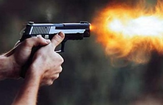 Pide Kuyruğunda Silahlı Kavga: 2 Yaralı