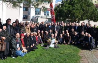 Petrol Ofisi Çalışanları 77'nci Yılını Kutladı