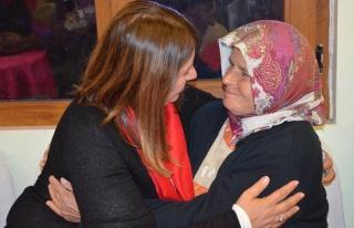 Gülay Demirel, Belediye Başkanı Gibi Çalışıyor