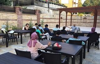 Beykoz'daki Şiir Müzesi Edebiyat Çınarlarını...