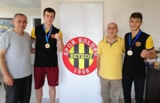 Türkiye Şampiyonları Beykozspor'u Ziyaret...