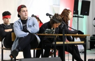 Beykoz'da Geleceğin Tiyatro Yıldızları Yetişiyor