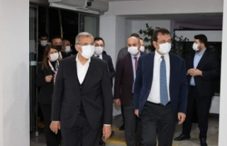 İmamoğlu'ndan Murat Aydın'a taziye ziyareti