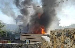 Beykoz'da yangın! Villadan alevler yükseldi