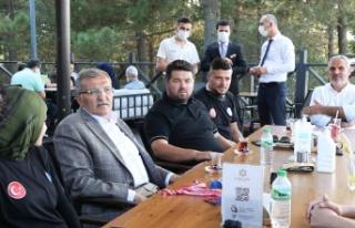 Başkan Murat Aydın Milli Taekwondocuları Yemekte...