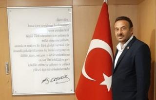 """İshaklı Muhtarı Ali Cinel: """"Meyve veren ağaç..."""