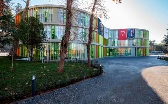 """Beykoz'un İlk Model Okulu """"Beykoz Koç Ortaokulu"""" Açıldı"""
