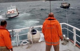 Beykoz Riva açıklarında sürüklenen 2 tekne kurtarıldı