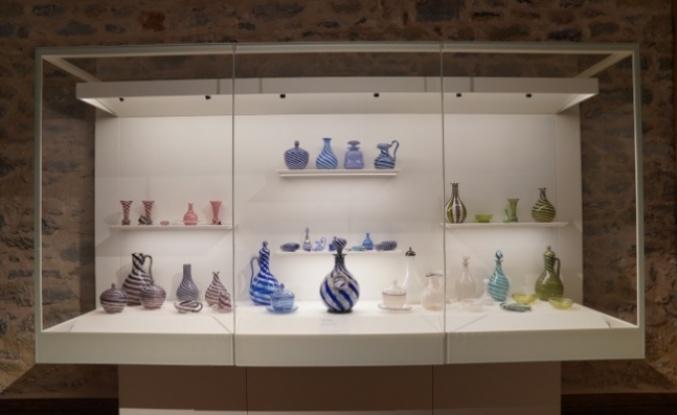Yüzlerce yıllık nadide eserler Beykoz Cam ve Billur Müzesi'nde