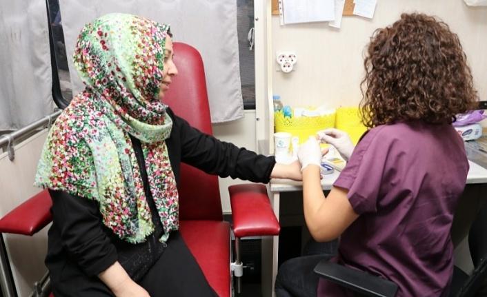 Gezici Sağlık Otobüsü, Beykoz'a Sağlık Dağıtıyor