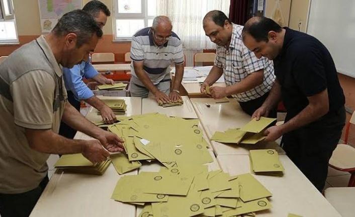 Beykoz'a Atanan Sandık Görevlisi Herkesi Şaşkına Çevirdi